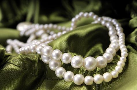 Edler Hochzeitsschmuck der Trauringe-Goldschmiede.com bald versandkostenfrei bestellen